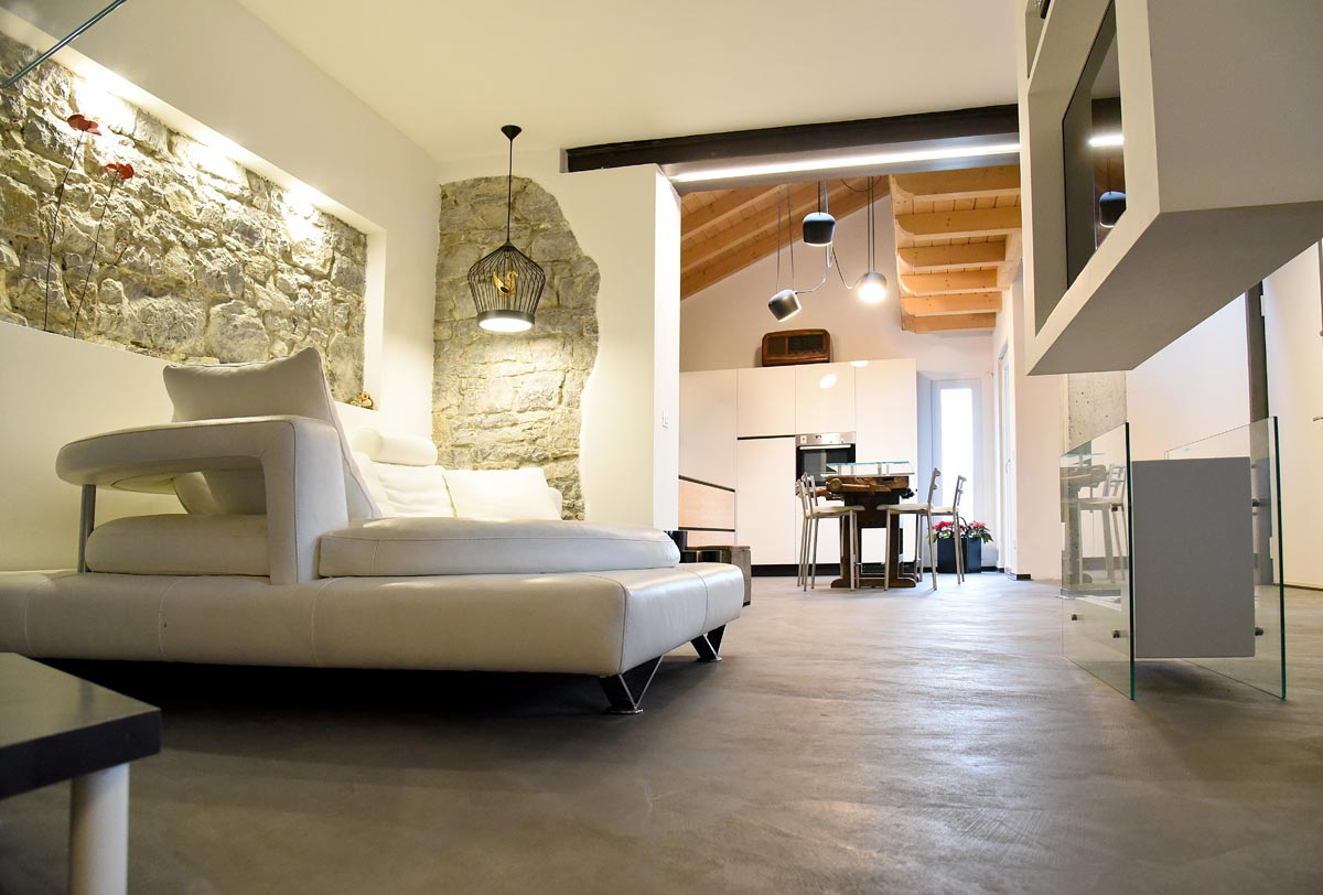ristrutturazione casa finiture microcemento udine friuli